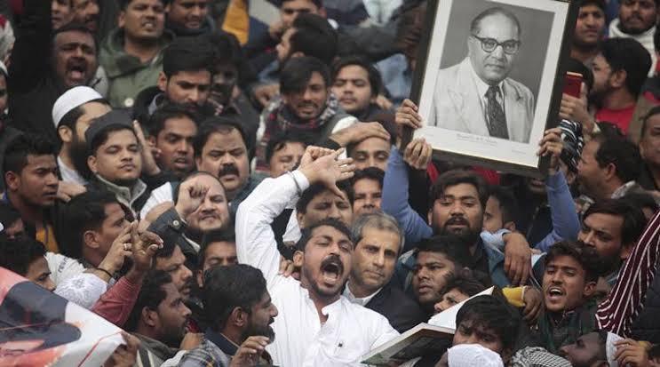 'ദലിത്- ഒ.ബി.സി സഹോദരങ്ങളേ തെരുവിലിറങ്ങൂ..അടങ്ങിയിരിക്കേണ്ട സമയമല്ലിത്' ചന്ദ്രശേഖര് ആസാദ് ജുമാമസ്ജിദില് നടത്തിയ പ്രഭാഷണം